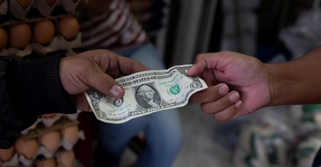Luis Arturo Bárcenas: Así aumentan los precios en dólares en Venezuela este año